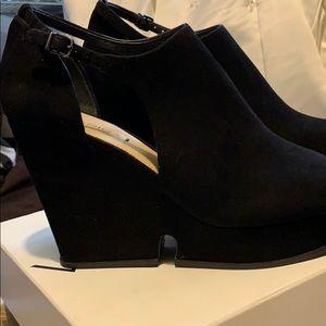 Via Spiga suede shoes